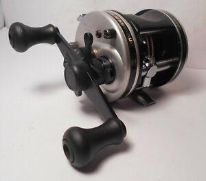 Vintage Abu Garcia AMBASSADEUR 5500 C3 Baitcast Baitcasting Fishing Reel NICE!!!
