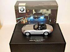 MINICHAMPS BOND 007 BMW Z8 THE WORLD IS NOT ENOUGH 1/43 SCALE DEALER MODEL