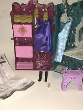 Disney FROZEN Mattel ANNA AND ELSA'S ROYAL CLOSET Skirts Vanity Barbie Playset
