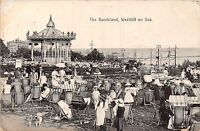 POSTCARD    ESSEX  WESTCLIFF  ON  SEA   Bandstand