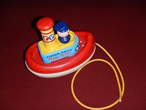 VINTAGE 1967 Fisher Price   Floats - Pull Toy