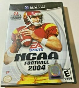 NCAA Football 2004 (Nintendo GameCube, 2003) GAME COMPLETE with MANUAL