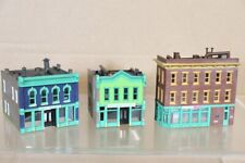 WALTHERS N SCALE AMERICAN 2 & 3 STORY CITY STORE GOLF GREENS BUILDING DELI MODEL