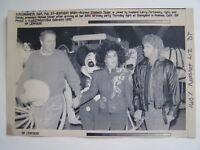 Vtg Wire Press Photo 2/27/92 Elizabeth Taylor in Disney for her 60th Birthday