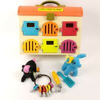 B. Critter Clinic Pet Toy Vet Animal Hospital Play Set 2 Critters & Accessories