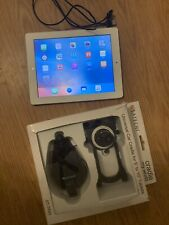 Apple iPad 2 32GB, Wi-Fi, 9.7in - White, Bundle with accessories