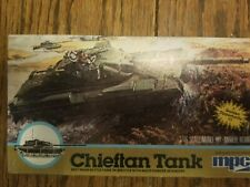 1 LOT ,1/76 CHALLENGER,1/76 CHIEFTAN MBT