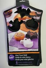 Wilton Silicone Halloween Pumpkins Ghosts Bats Mini Treat Mold  6 Cavities
