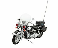 Us Police Motorbike 1 8 Rev07915 - Revell modellismo