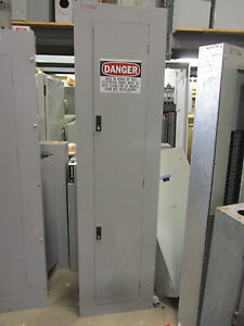 GE 300 AMP Main Breaker 120/208 Volt 42 Circuit Panelboard- E1766