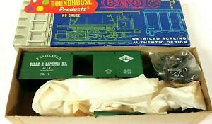 HO Scale Roundhouse Gorre & Daphetid 36' Old-Time Ventilated Box Car KIT
