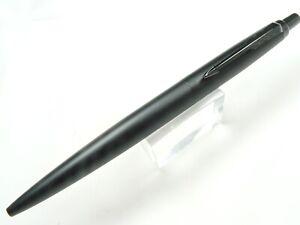 Parker Jotter XL Ballpoint Pen in Monochrome Black  NEW in Original Box 2122753