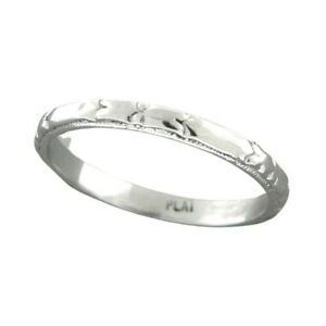 1930s Vintage Platinum Wedding Band with Engraved Hearts and Milgrain Borders