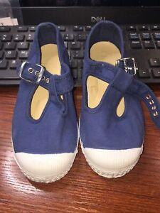 Cienta T-Strap Fashion Sneaker 71997 AZUL LAVA SIZE 26  Size