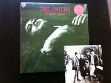 LOT THE SMITHS -THE QUEEN IS DEAD LP + LIVE IN MANCHESTER EP VINYL