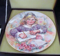 """Mary Vickers Wedgwood Bone China """"Wistful"""" Limited Edtion Collectors Plate COA"""