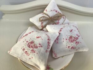Peony and Sage Tallulah pretty dried natural Lavender filled pouch