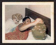 HOT PLATINUM BLOND WOMAN & CRAZY BED BLACK WOMAN~ 1960s POLAROID PHOTO lesbian