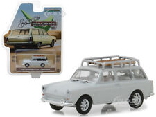 1968 VOLKSWAGEN TYPE 3 SQUAREBACK WHITE W/ ROOF RACK 1/64 BY GREENLIGHT 29910 D