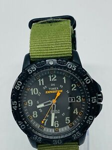 Timex Gents tw4803600 Expedition Indiglo Date Fundtion Dark Green Canvas Strap