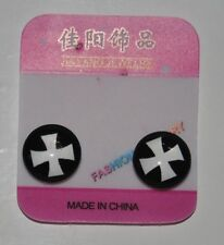 1 Pair Non Piercing Clip on Magnetic Magnet Ear Stud Men Women Fake Cross Style