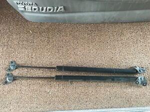 03 Toyota Sequoia Hatchback Lift Gate Strut Pair RH and LH