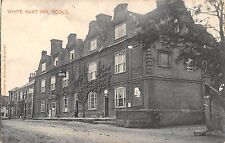 POSTCARD   NORFOLK   SCOLE    White  hart  Inn