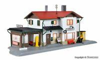 Kibri 39496 Bahnhof Maienfeld inkl. Hausbeleuchtungs- Startset in H0 Bausatz