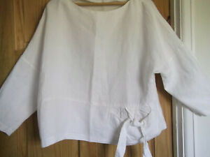 Joyce Ridings relaxed size 16 100% linen white boxy top lagenlook made in UK