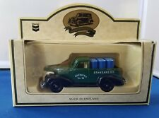 Chevron Die Cast Metal Replica RPM Motor Oil 1939 Chevy Pick Up