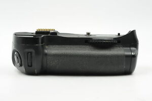 Genuine OEM Nikon MB-D10 Multi Power Battery Grip #363