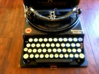 Remington Portable Typewriter w/ Glass Keys & Hard Cover Case