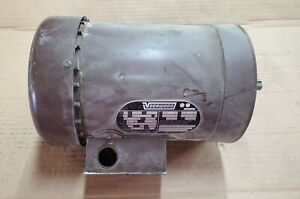 Doer Electric Corp. 1 h.p. 3 phase motor G56C 1725 RPM  Voorwood