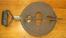 Griswold Reversible Steel Spindle 4 1/2 Inch 524 Patent 1915