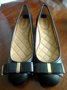 Michael Kors Kiera Black Leather Flex Mid Pump Bow Gold Logo Cap & Block Heels