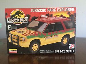 Jurassic Park Explorer Model Kit - Big 1/20 Scale Lindberg