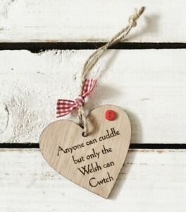 Handmade Wooden Heart Welsh Cwtch Cuddle Sign Shabby Chic Mother's Day Gift