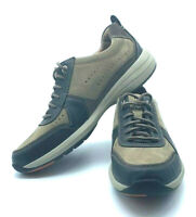 Clarks Men's Uncoast Form Casual Leather Walking Shoes / Sneakers Size 11.5