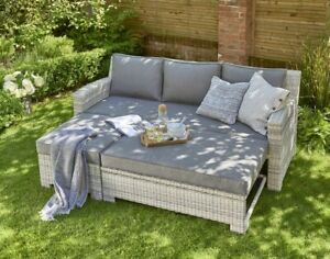 Norfolk Leisure Oxborough rattan pull out lounge sofa