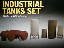 """Walthers HO Industrial Storage Tanks """"KIT form"""" 3197 (3 PICS)->FREE US SHIPPING!"""
