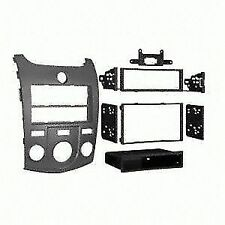METRA 99-7338S Radio Installation Kit For KIA FORTE 10-13 DIN/Double DIN SILVER