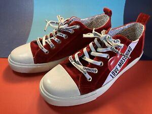Love Moschino Sneaker rot Größe 37