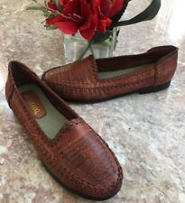 BERNARDO TINA WOMEN'S BROWN WOVEN LEATHER DRIVING MOCS LOAFERS SHOES SIZE 8.5