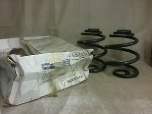 New ACDelco Coil Spring Set 45H3050