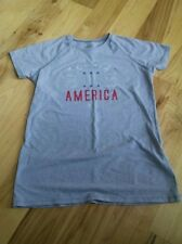 Girl's Under Armour T Shirt Size Large Loose Fit Gray USA