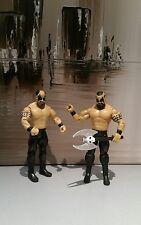 WWE Mattel figures lot JAKKS Classics les pouvoirs de la douleur barbare & Warlord WWF