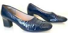 Vintage 1970's Fiancees Blue Patent Leather Pump Biltrite Nylon Heel 7 Narrow