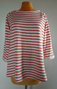 Weisser Pulli mit roten Streifen Grösse M