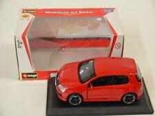 29 ) Bburago 1:32 Street Fire Volkswagen Golf GTI in rot mit OVP