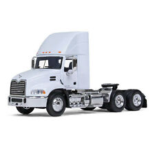2017 FIRST GEAR 1:64 *WHITE* Mack Pinnacle Semi Truck Day Cab w/AIR FOIL DCP NIB